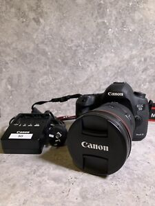 CANON 5D MARK III - Body and EF24-70mm F2.8L II USM Lens