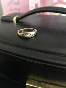 9ct gold dress ring with diamonds Carindale Brisbane South East Preview