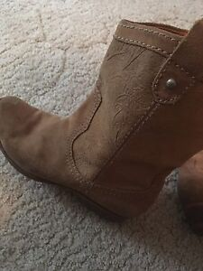 Fossil Cowboy boots
