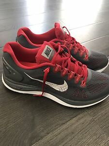 Nike free 4.0 flyknit Running shoes size 12