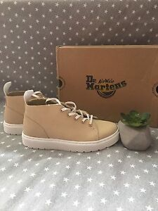 Dr Martens chukka shoes, mens size 7