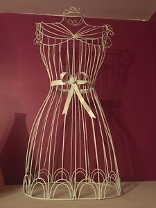 Large creme wire mannequin