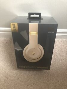 Brand New Sealed Beats Studio 3 Desert Sand Headphones (ANC)