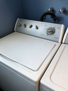 Whirlpool washer and dryer/ laveuse sécheuse whirlpool
