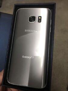 Samsung galaxy S7 *unlocked*