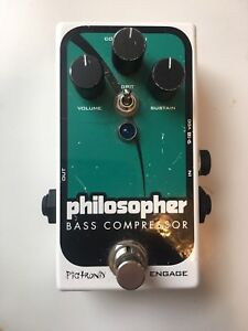 Pedal tuner and bass compressor with distortion