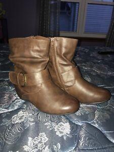 Ardenes boots brand new