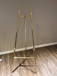 Painting Display Stand
