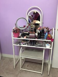 Vanity set for sale