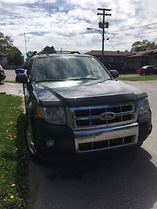 Ford escape Limited 2011 v6 AWD