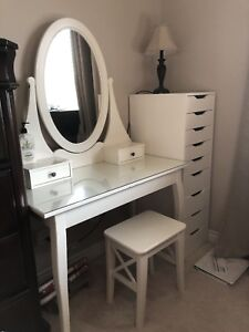 Vanity Table with stool and Drawers.
