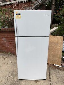 Westinghouse 440L fridge new model made in Australia