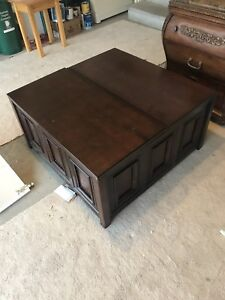 Wood Coffee table with top up