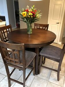 Counter Height Dining room table set