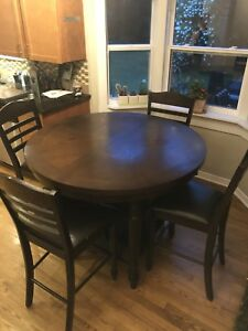 Kitchen Table set (extendable)