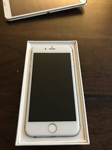 UNLOCKED -   64GB IPhone 6 -    MINT