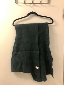 Forrest Green Madewell Long Knit Scarf $5