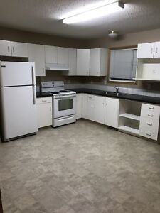 1200 SQ.FT 2-STOREY END UNIT TOWNHOME