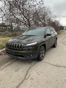 2017 Jeep Cherokee 75th Anniversary Clean title