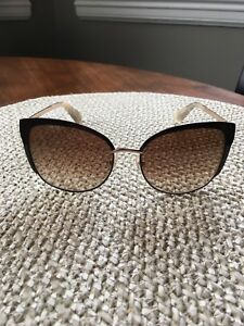 Kate Spade Genice Sunglasses - like new condition