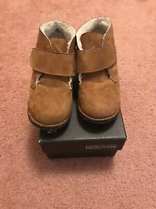 Kenneth cole shoes mid cut size 9