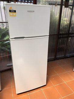 Kelvinator 390 L frost free fridge freezer 3 YEARS OLD!