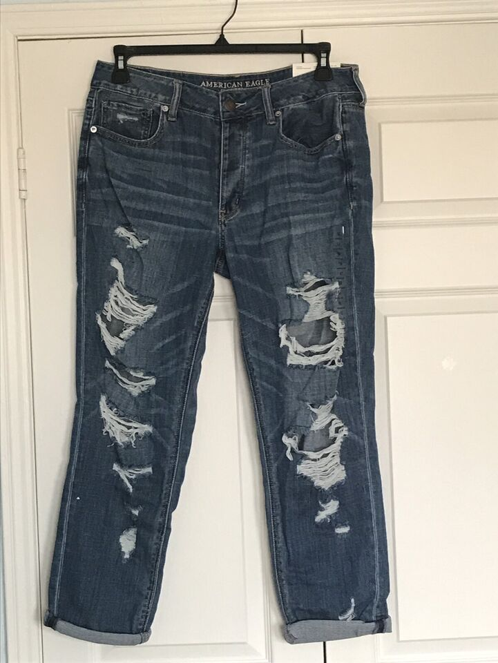 191fa87ee6 American Eagle Tomgirl Jeans (new with tags) | Women's - Bottoms ...