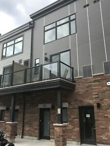 Grimsby - 2 bedroom townhouse