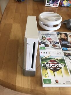 Nintendo Wii with games & accessories
