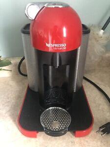 Red nespresso vertuo
