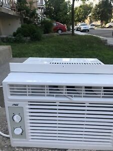 New aircondition 5000 btu