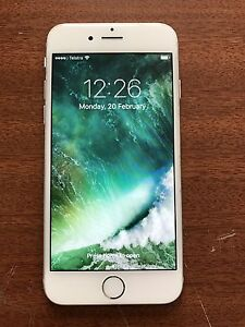 iPhone 6 64gb unlocked Chittaway Bay Wyong Area Preview