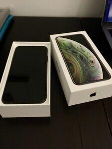 Apple iPhone Xs 64GB Unlocked Space Grey