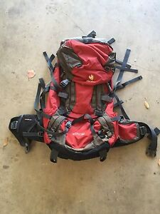 Near New, DEUTER 60L + 10LSL Aircontact Detachable Hike Pack Narre Warren South Casey Area Preview