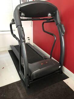 Avanti XFit  T220 Incline Treadmill with heart rate sensors