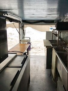 Food Truck - everything  included, road ready! Cambridge Kitchener Area image 4