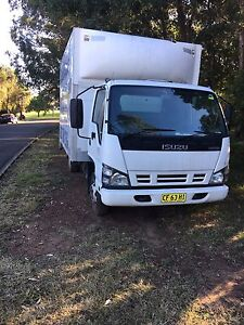 Isuzu 300 , 2007 , good condition 4 new tyres Leichhardt Leichhardt Area Preview