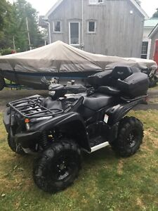 2017 Yamaha grizzly 700 SPECIAL EDITION PACKAGE-DEAL PENDING
