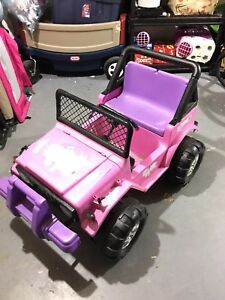 PowerWheels Barbie Jeep