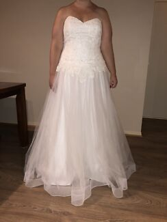 Crystal and Lace Wedding Dress