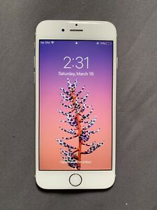 iPhone 6s 32gb Silver UNLOCKED + life-proof Otterbox Case!