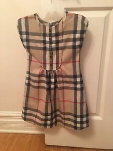Burberry dress for girl size 3 T as new