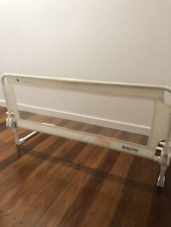 Toddler Bed Rail - Vee Bee brand