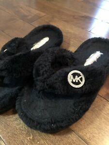 Michael Kors slippers size 8. Good condition