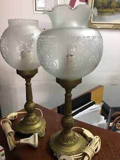 2 Brass table lamp