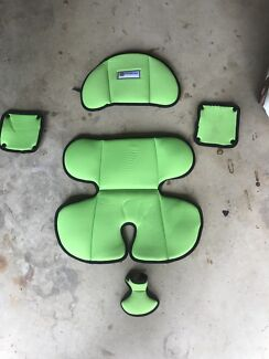 Infasecure car seat insert - green