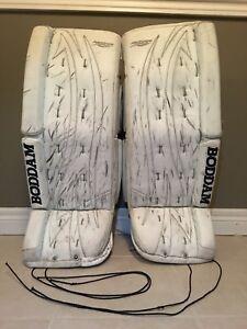 "Boddam 28+1"" Made in Canada goalie pads (12-16 Yrs.)"