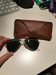 RAYBAN sunglasses with case AUTHENTIC