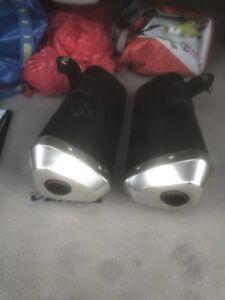 Dual muffler for GSXR1000