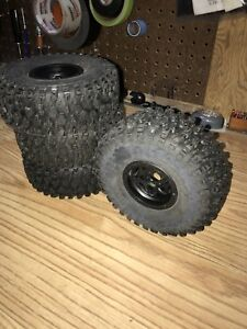 Proline Hyrax 2.2 tires and axial Bomber walker evans rims